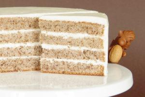 ořechový dort s vanilkovým krémem
