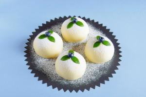 Marcipánové dortíky s borůvkami